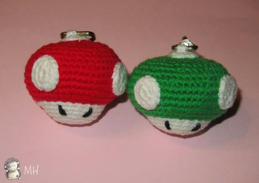 Champiñones de Mario Bros amigurumis.