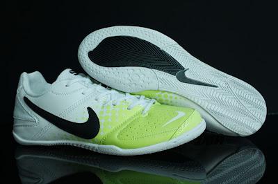 0c414ed97 MACAM-MACAM KASUT  FUTSAL Shoes