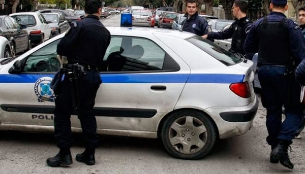 Two Albanians arrested in Athens as cocaine and cannabis traffickers