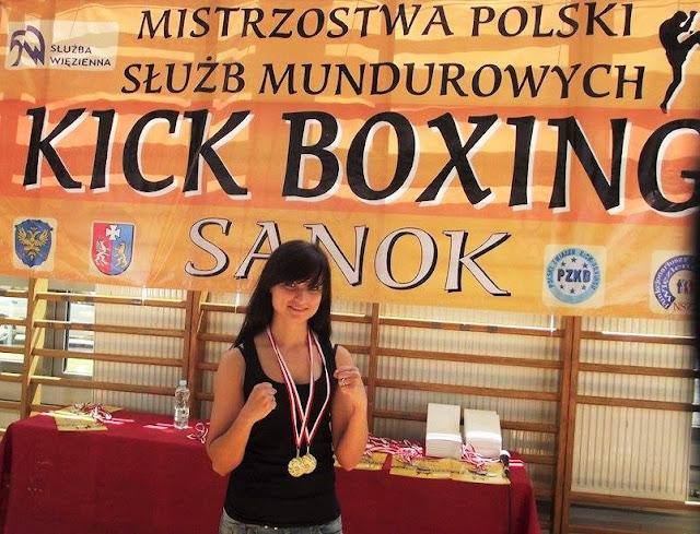 Magdalena Józak, Mistrzostwa Polski Służb Mundurowych, policja, PZKB, Zielona Góra, kickboxing, k-1, kick light, sport,