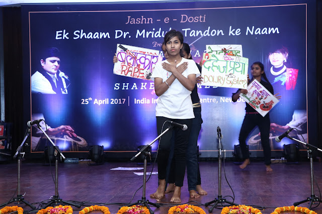 Children from NGO Sakshi presented a social message