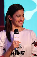 Alia Bhatt looks super cute in T Shirt   IMG 7715.JPG