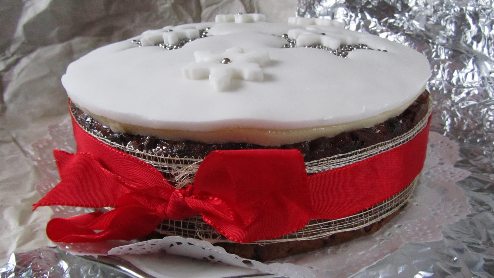 Christmas Cake Decoration Delia Smith : Love Making Things: December 2011