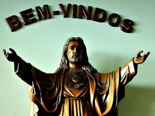 Escultura de Jesus na Igreja do Santuário Sagrado Coração de Cristo, São Leopoldo