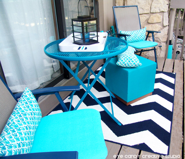 chevron rug, outdoor patio, patio table, patio chairs, patio stool, balcony
