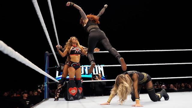 WWE Evolution Trish Stratus & Lita