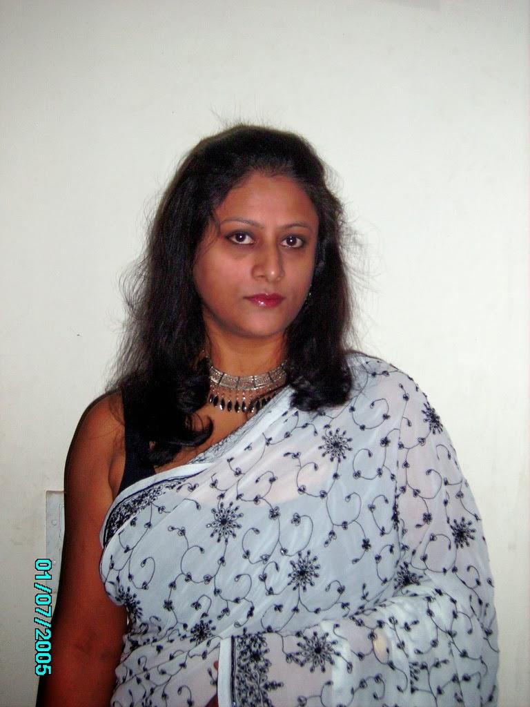 Hot Indian Milf-8407