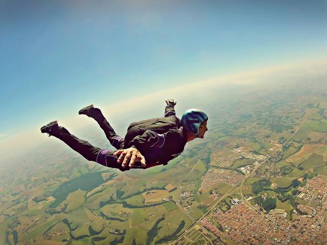 Usos inverosímiles del Open Data: dónde aterrizar con tu paracaídas