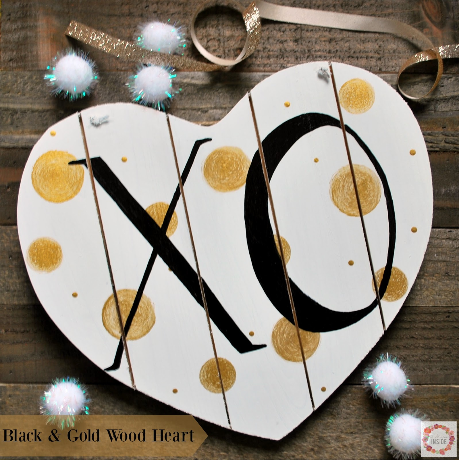 http://www.aglimpseinsideblog.com/2016/01/black-and-gold-wood-heart.html
