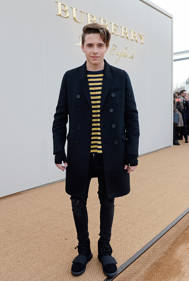 Eniwhere FAshion - Brooklyn Beckham Burberry