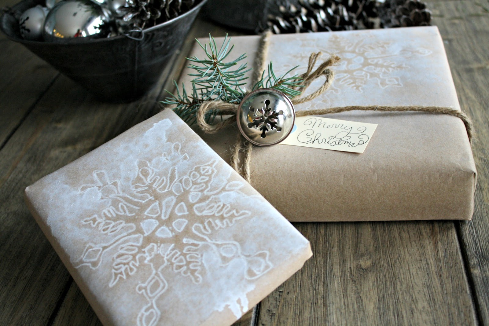 Attractive Homemade Wrapping Paper - The Lilypad Cottage UM81