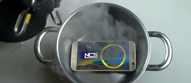 Video Samsung Galaxy S7 Direndam Nitrogen Cair
