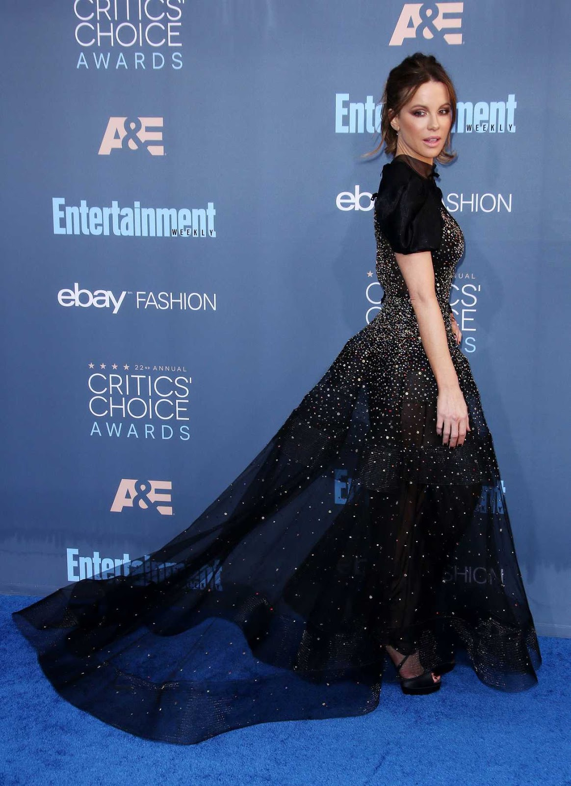 Kate Beckinsale – 22nd Annual Critics' Choice Awards
