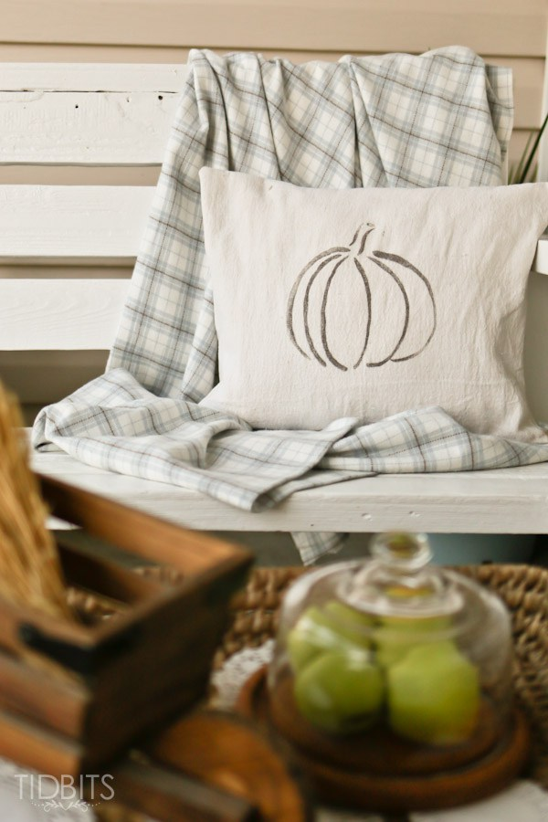 Free pumpkin pillow printable