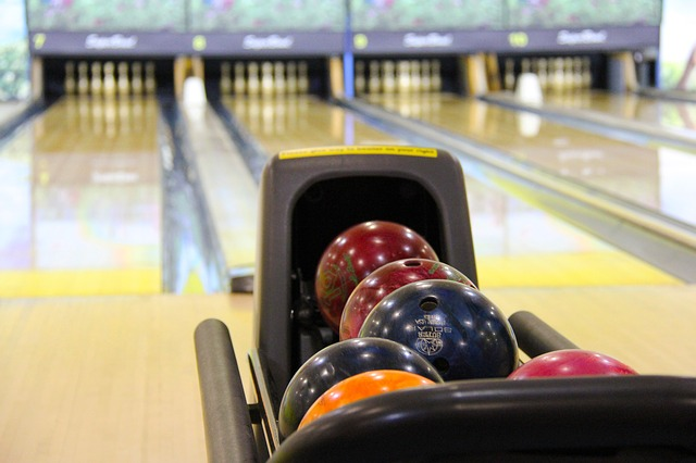Fun Things To Do This Weekend Go Bowling