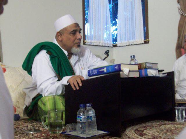 Habib Abubakar Alattas: Kalian Jangan Terpengaruh Kepada Orang yang Menjelekkan KH Said Aqil Siradj