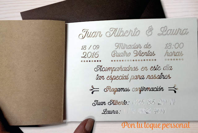 Invitacion_boda_troquelado_interior_personalizado_kraft_lazo_topos