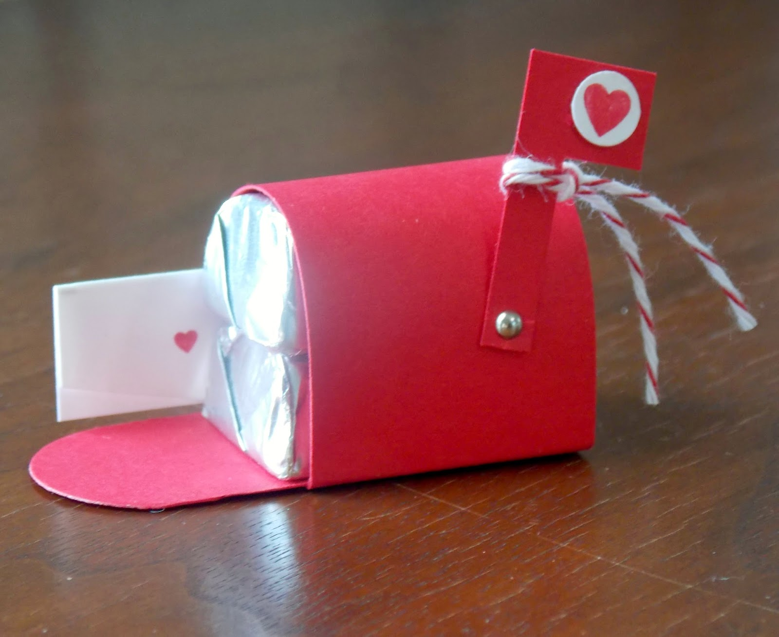 Laura S Works Of Heart Mini Mailbox Valentine