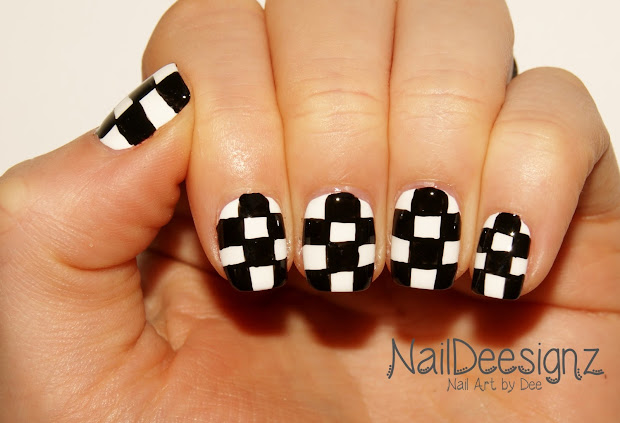 naildeesignz checkered nail art