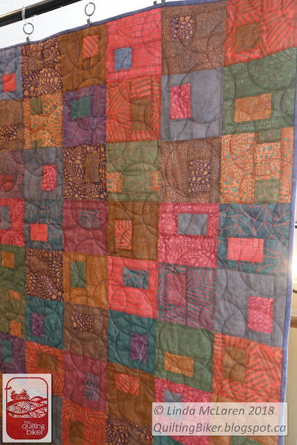 Gems quilt, full front view