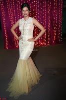 Hamsa Nandini in stunning Sleeveless Designer Gown at Zee Telugu Apsara Awards 2017 07.JPG
