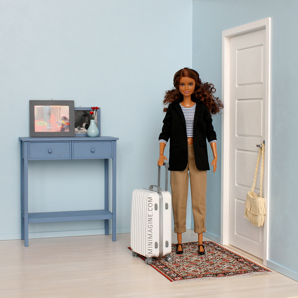 barbi doll collection roombox for playscale doll