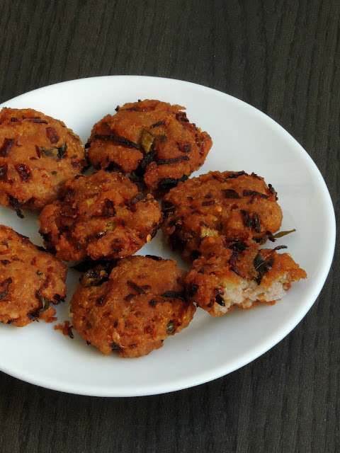 Red Rice Flakes Vada, Instant Aval Vada