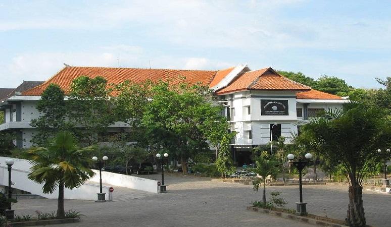 PENERIMAAN MAHASISWA BARU (UNSA) UNIVERSITAS SURAKARTA
