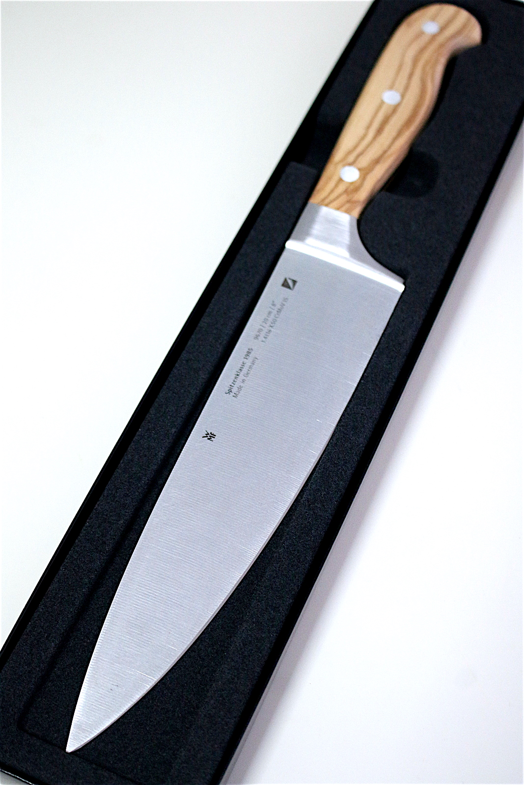 wmf spitzenklasse 1985 chef s knife and chef edition knives camemberu. Black Bedroom Furniture Sets. Home Design Ideas
