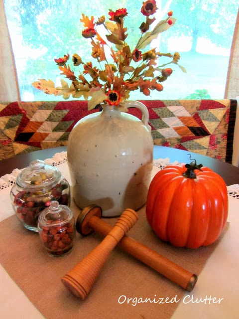 Fall Dining Table Vignette http://organizedclutterqueen.blogspot.com/2013/08/an-autumn-dining-table-vignette.html