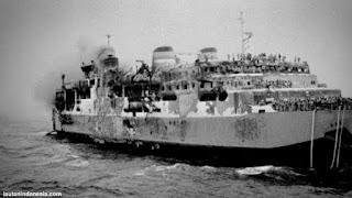Tenggelamnya kapal Tampomas 2