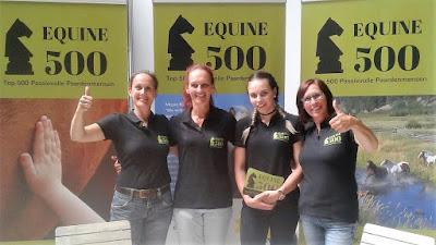 Vrijwilligers van Equine 500 op de stand tijdens de Horseman Days 2017 bij Equestrian Centre de Peelbergen