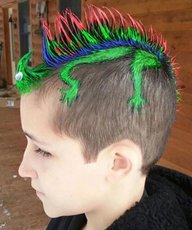 """20 Increíbles peinados que los niños lucieron el día de """"pelo loco"""" - Peinados Locos Para Ninas"""