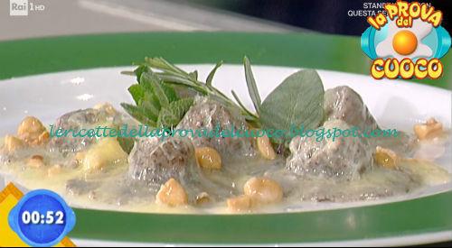 Ravioli di salsiccia con Monte Veronese e burro alle noccioline ricetta Fava da Prova del Cuoco