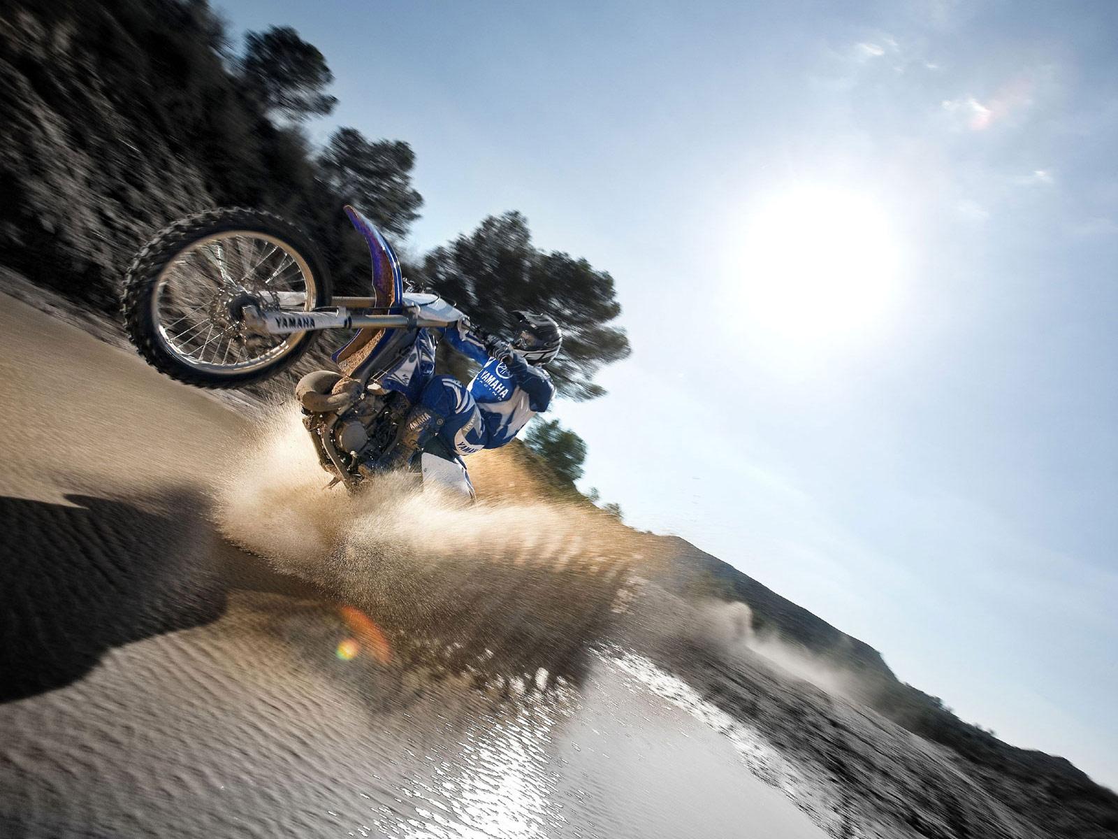 Yamaha 125 Dirt Bike 4 Stroke Wallpaper For Desktop