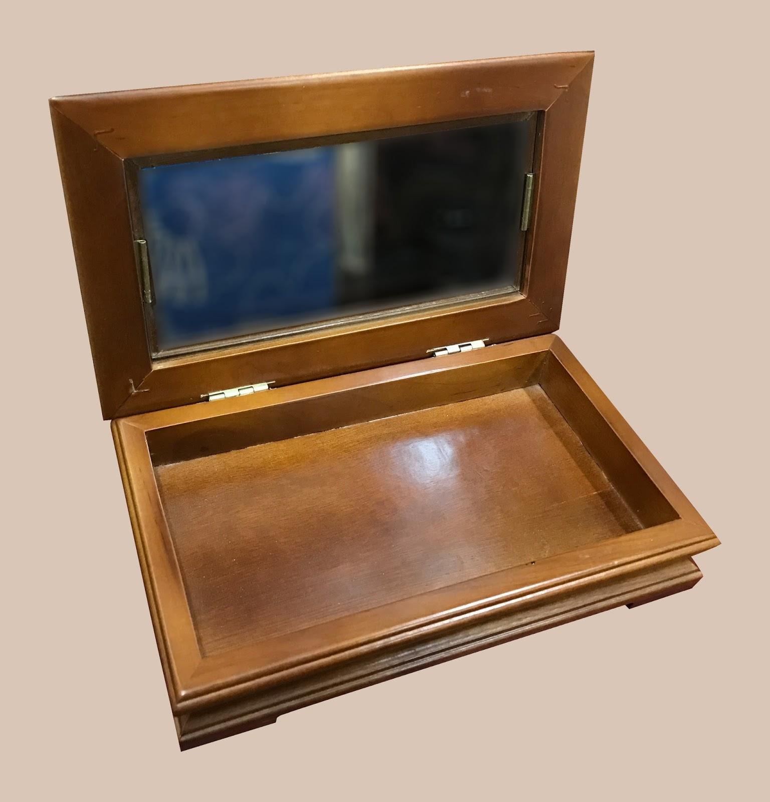 Uhuru Furniture Amp Collectibles Small Display Box 12