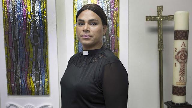 """Jesus Cristo foi o primeiro trans"""", diz a 1ª pastora transgênera da América Latina, Assista!"""