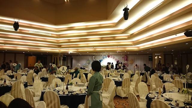リザンシーパークホテル谷茶ベイの披露宴会場の写真