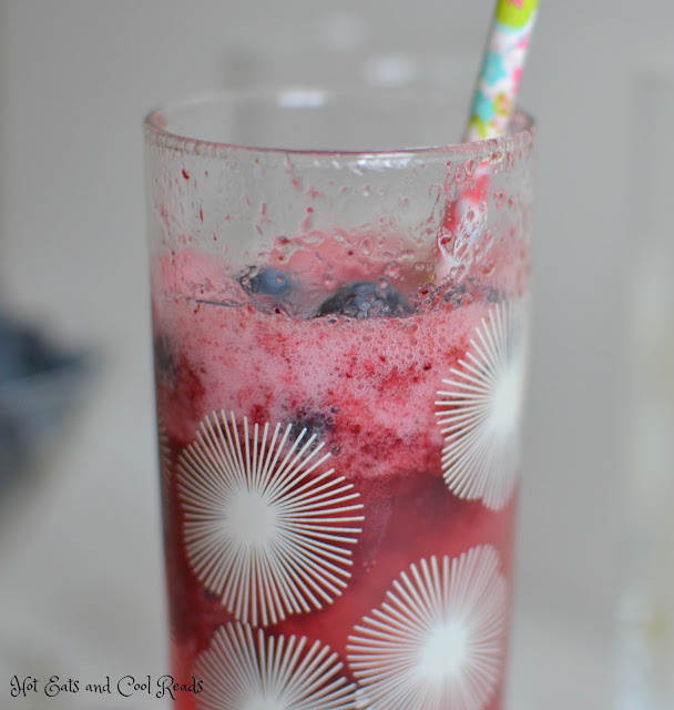 A refreshing and delicious non alcoholic beverage that the whole family can enjoy! Perfect for hot days, or serve at your next party! Even the kiddos birthday parties! Sparkling Sorbet Floats Recipe from Hot Eats and Cool Reads