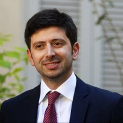Potenza: studente lancia Ipad contro deputato Pd Roberto Speranza
