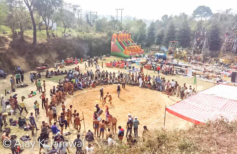 I have spent my childhood in Himachal and Chhinj used to be a common fair which happens at different places. I clearly remember some of the popular Chhinj Fairs around Hamirpur. It's been more than 10 years that I visited any Chhinj. Recently Ajay shared these photographs, so we thought of sharing about Chhinj with rest of the world.