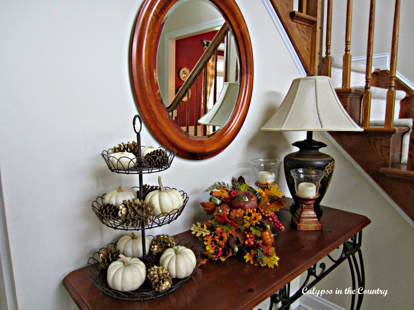Fall accessories in the foyer
