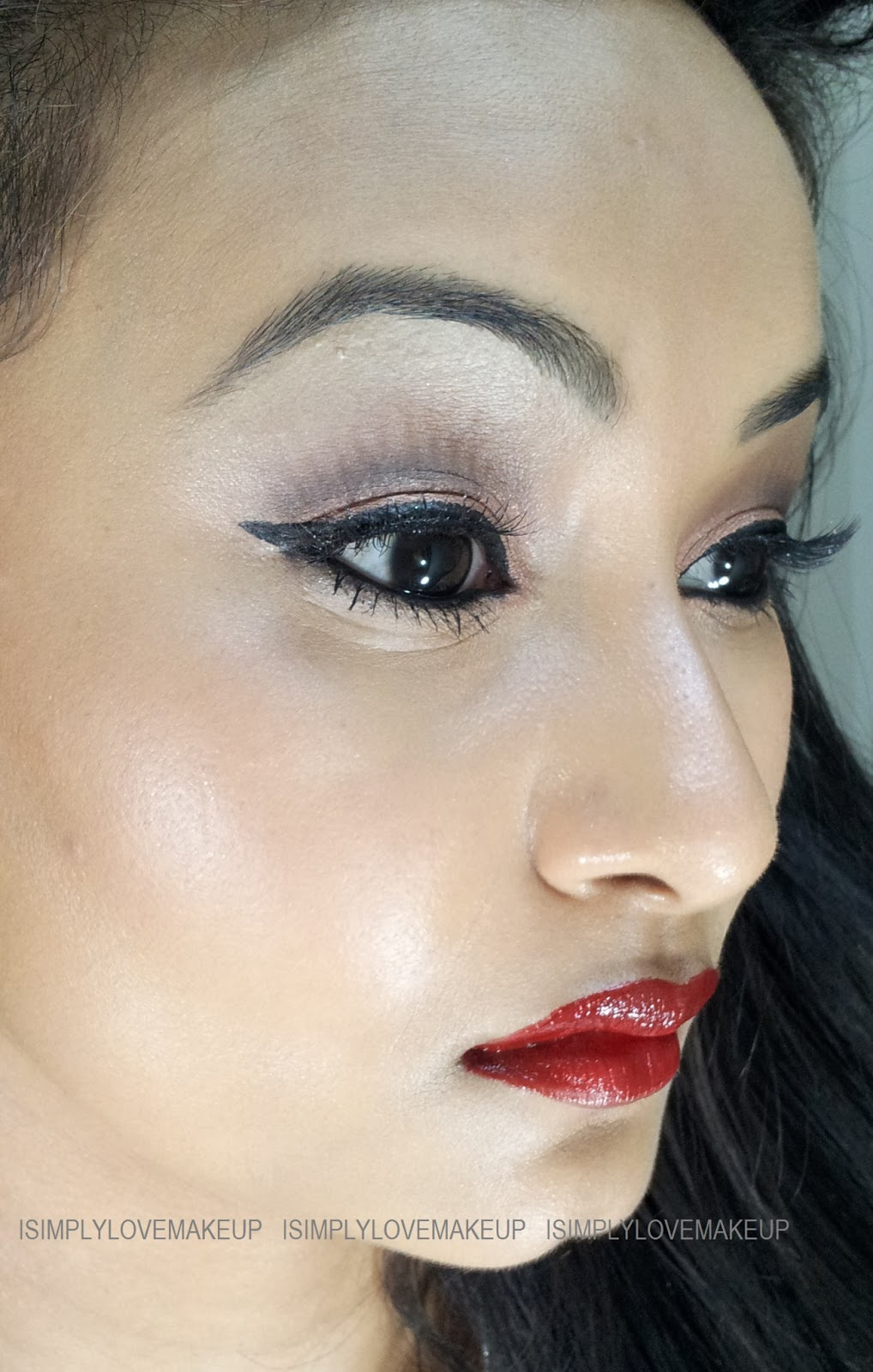 Asian Eyes Kpop And Makeup: LOTD: Asian Eyes And Blood Red Lips