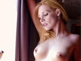Jessica Holmes Naked 32