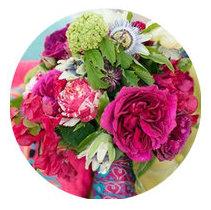 Cool Summer seasonal color palette flower bouqet illustration