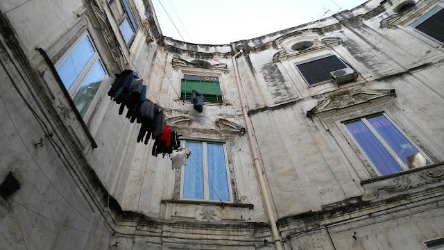 Palazzo ottagonale-Rione Sanità-Napoli