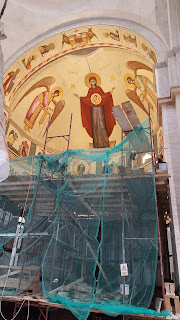Santierul de pictura a bisericii Manastirii Nicula…