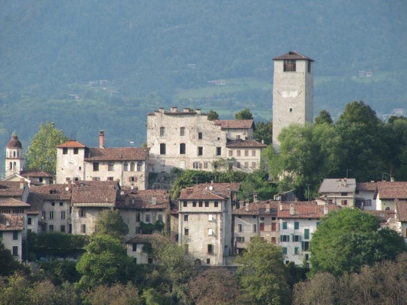 reputable site b9e34 f71a9 castelliere: Il castello di martedì 14 novembre