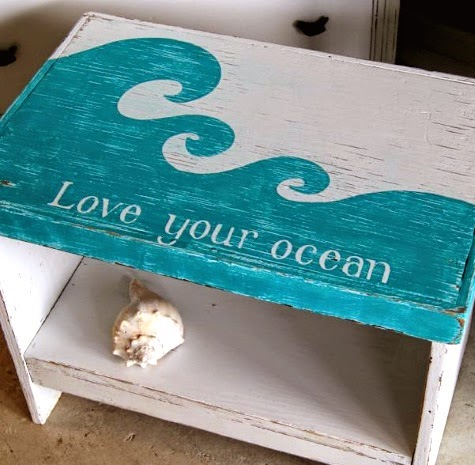 table paint makeover with beach saying