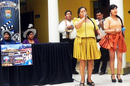 Lanzan convocatoria a la 5ta Versión de la Festipollera en Cochabamba